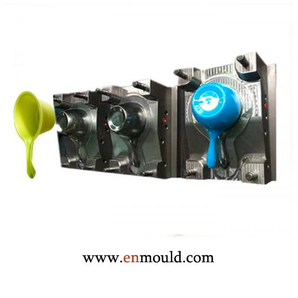 Plastic Water bailer injection moulding